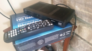 2 SHAW DIRECT HD RECEIVERS AND REMOTES
