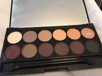 Sleek eyeshadow plat