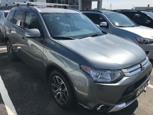 2015 Mitsubishi Outlander GT Low Mileage, Leather, 7 Passenger!!