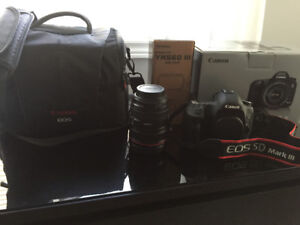 5D Mark 111 Canon and Acessories for Sale