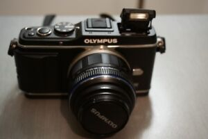 OLYMPUS EP-3 12MPX MICRO 4/3 ZOOM 14mm-42mm