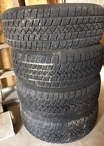 Winter tires with rims (225 60R17)
