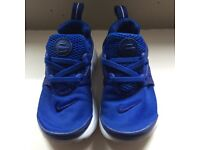 Nike infant boys trainers size 8.5