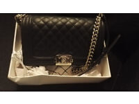 Pre owned chanel bag, like new!