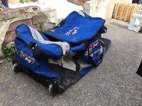 Wheeled sports bag, ice Hockey, roller hockey, cricket, hockey