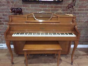 Piano Henry Herbert