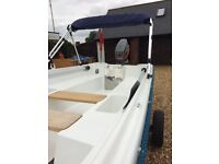 16ft Morbas fibreglass day boat comes with 25bhp mariner outboard engine and custom built trailer ++