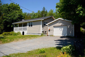 4 Bedroom home with detached garage and shed!