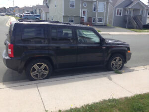 2009 Jeep Liberty 4x4 SUV Crossover with new tires