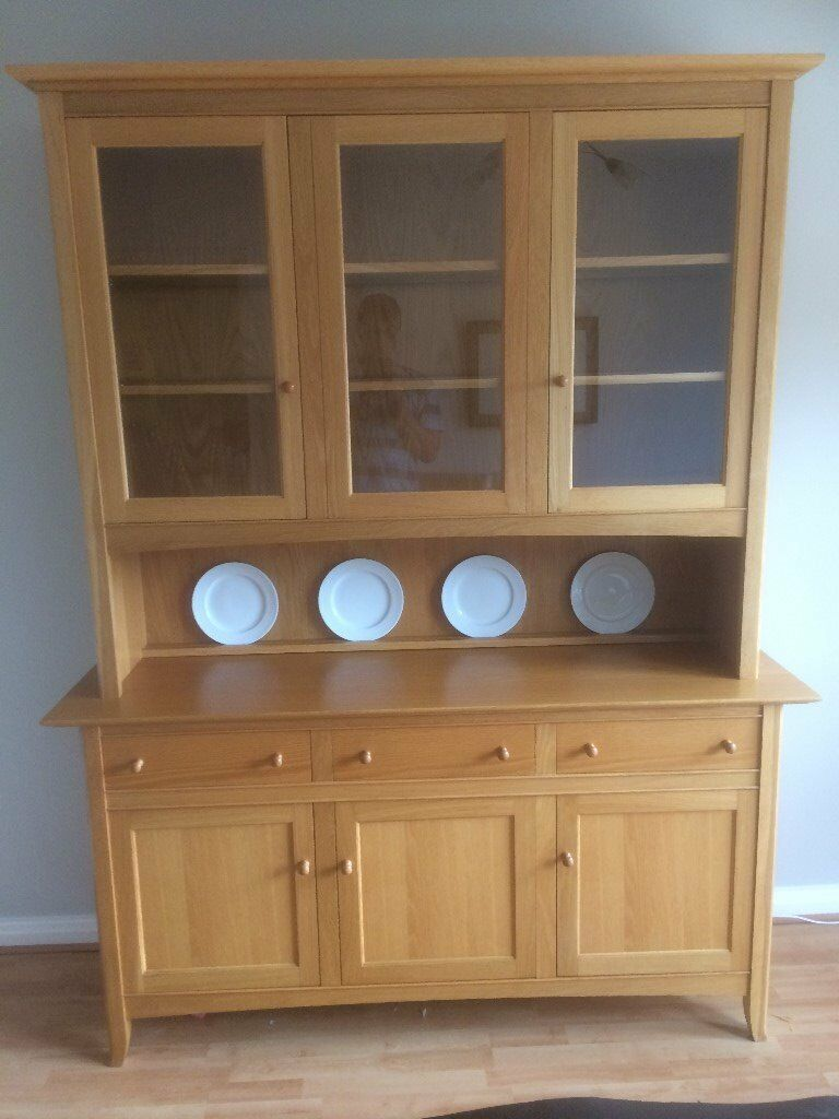 MS Lichfield Oak Dresser Matching Extendable Table 6 Leather Chairs