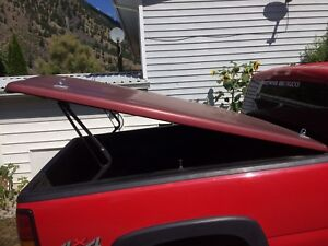Leer Tonneau cover off of 06 GMC