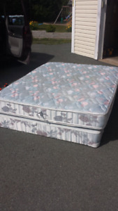 Complete Queen Size Bed **Delivery Included**