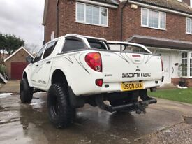 Mitsubishi l200 monster truck off roader low mileage poss P/X LOOK!!!!!