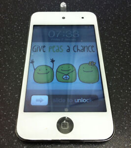 iPod Touch 4th Gen. 32GB