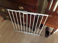 Lindam Stair Gate Set - Top and Base Gates