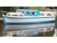 Banham 33 Foot Broads River Cruiser, GRP Canal Boat w/ Mercedes OM636 Engine