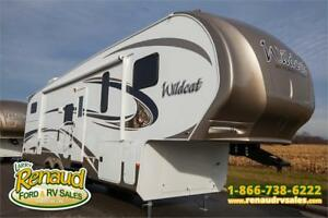 Used 2015 Forest River Wildcat 312 BHX 5th Wheel
