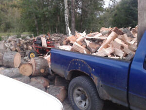 U- PICK FIREWOOD! PINE LAKE PICKUP ACROSS FROM GAS STATION SPLIT