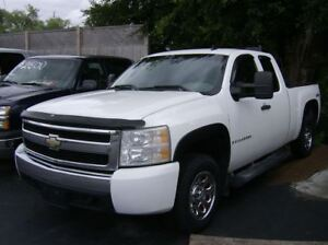 2007 Chevrolet Silverado 1500 EXTENDED CAB 4X4 !! WE FINANCE !!