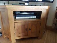 Solid oak corner tv unit excellent condition