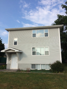 Fully renovated 2 bedroom in quiet triplex - Avail August 1