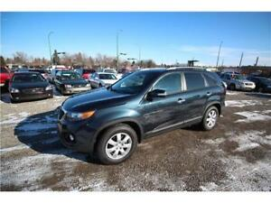 2013 Kia Sorento LX - $180 B/W - EVERYONE IS APPROVED