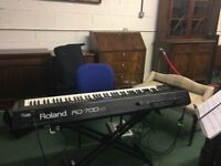 Roland Rd 700nx for sale. Good condition