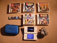 Nintendo DSI Bundle inc. 1GB SD for sale ***MINT CONDITION***