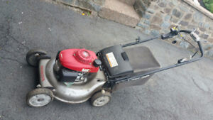 2011 Honda Hrr216 Commercial Self Propelled Lawn Mower