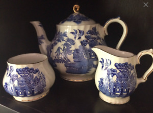 Vintage Blue Oriental  Design Tea Set  - Sadler England