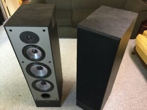 Paradigm 11se mk3 - no sub needed!