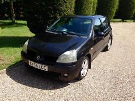 Renault Clio 97000 fsh cambelt done