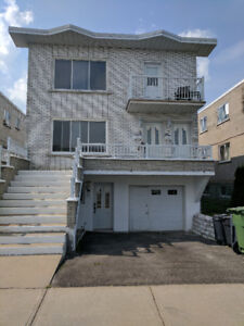 lower duplex 3 bedroom with yard and parking