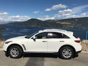 2010 Infiniti FX AWD SUV Crossover in excellent condition