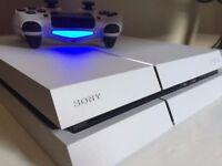 PS4 White 500gb inc 1 Controller & Fifa