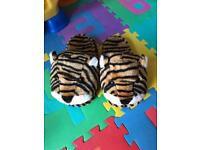 Tiger slippers with massager function
