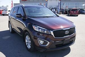 2016 Kia Sorento 2.4L LX AWD, Bluetooth, A/C, Remote Entry!