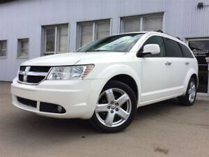 2010 Dodge Journey R/T, AWD, LEATHER, BLUETOOTH, SUNROOF.