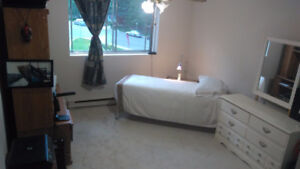 1-bedroom pay ony $600.00 Large place, Ask for Details