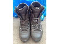 Cadet Boots - size 8