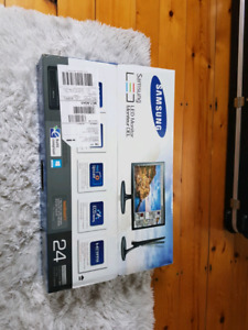 "Samsung 24"" Led Gaming monitor with HDMI input"