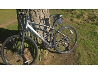 hybrid bike carrera crossfire