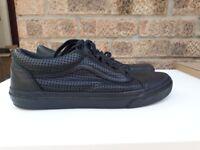 Size 8 vans shoes