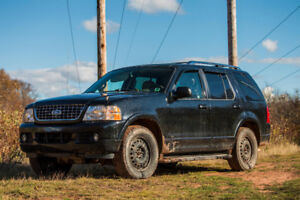 2003 Ford Explorer XLT Limited SUV, Crossover