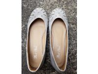 New Silver Flat Dolly shoes with pattern & gems size UK 4