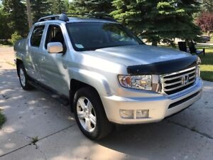 2012 Honda Ridgeline Touring Pickup Truck, FULLY LOADED!