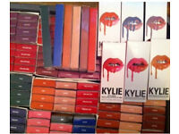 JOBLOT OF BRAND NEW LIPSTICK AND LIP LINERS SET,KYLIE JENNERS KARDASHIAN