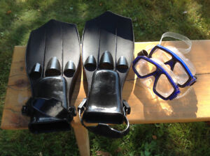 Swimimg Flippers and goggles