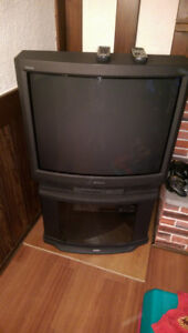 "For sale 32"" Sony trinitron tv"