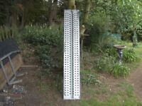 SINGLE (1 ONLY) FULLY GALVANISED H/D TRAILER RAMP 6FT-4IN LONG..